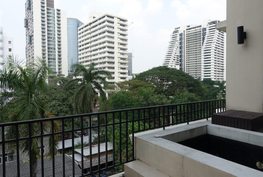 Viscaya Private Residences-2bed-1study-rent-balcony-view