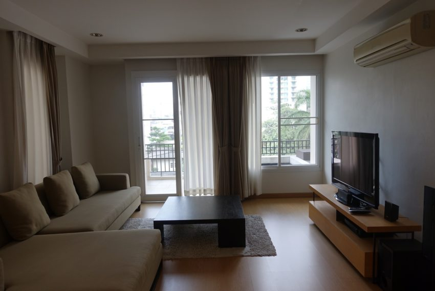 Viscaya Private Residences-2bed-1study-rent-living-room