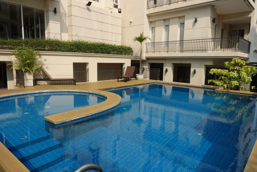 Viscaya Private Residences - swimming