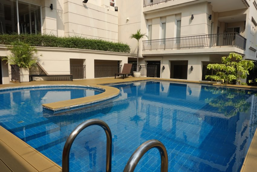 Viscaya Private Residences - swimming pool