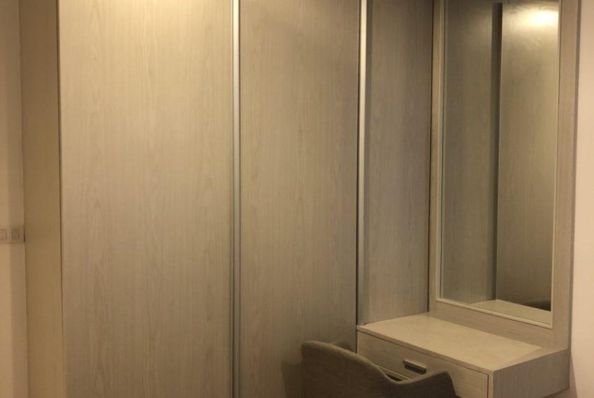 Voque Sukhumvit 31 - 2-bedroom-Sale-wardrope
