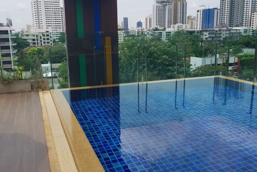 Voque Sukhumvit 31 - swimming pool