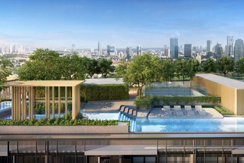 Walden Sukhumvit 39 - roof-top swimming pool