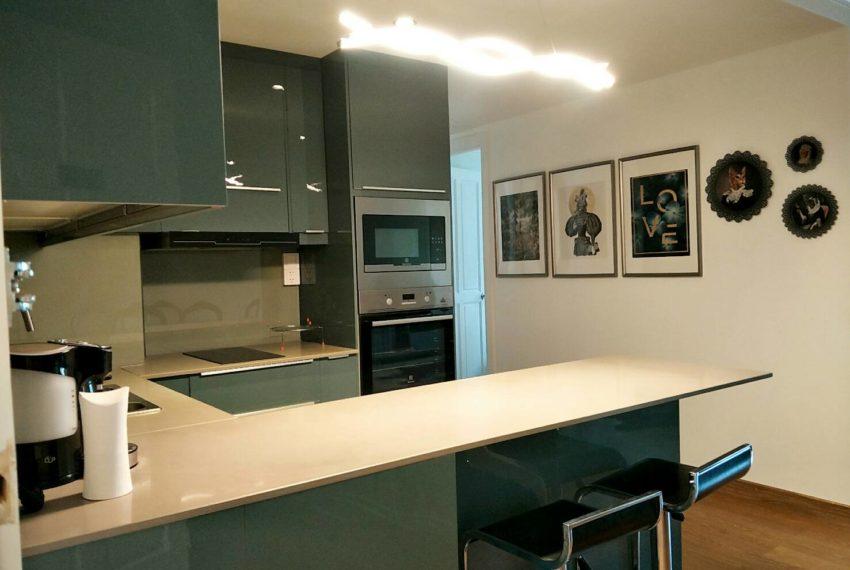 Warrana Suite condo -Seller-kituhen room 2