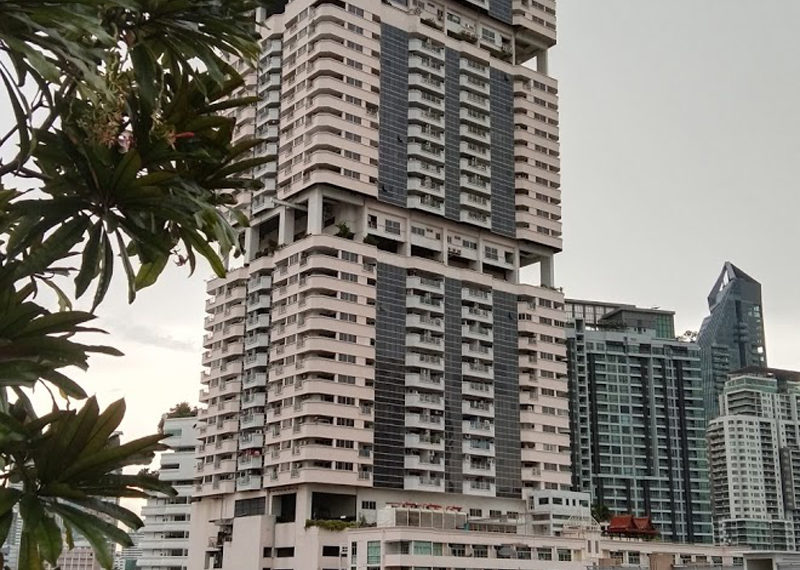 Waterford Diamond Tower - building