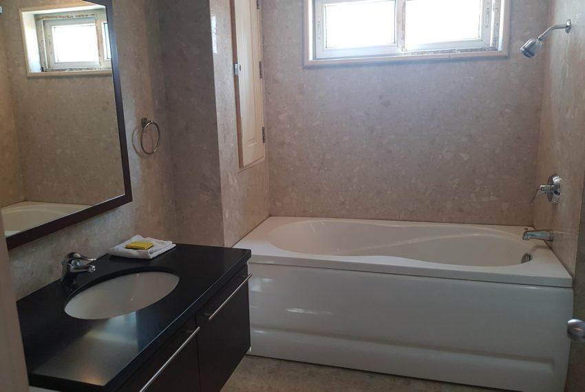 Wattana Suite 3 bedroom sale - bathroom