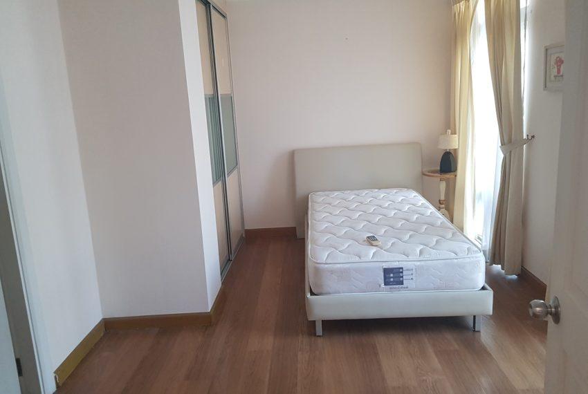 Wattana Suite 3 bedroom sale - bed