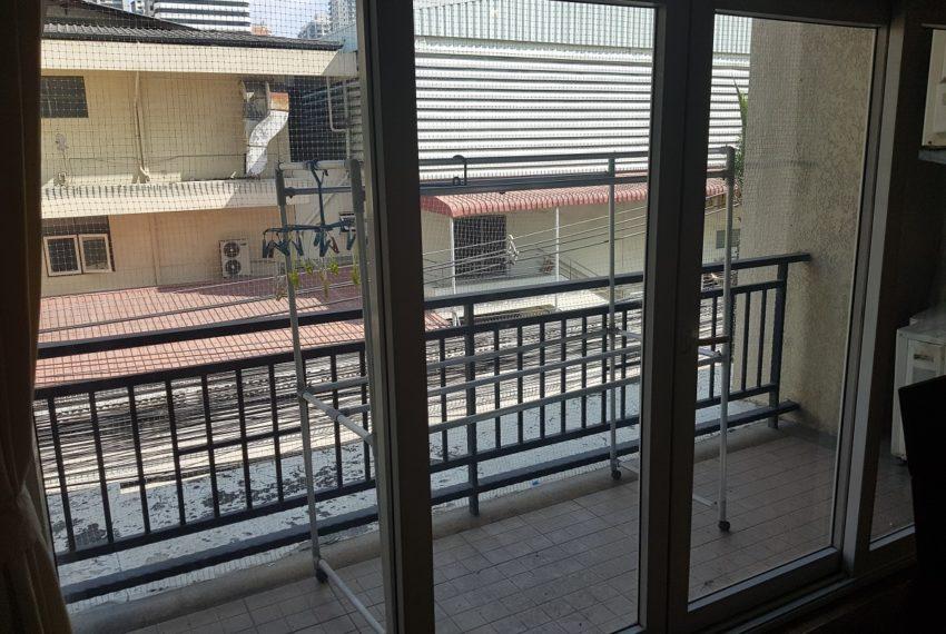 Wattana Suite 3 bedroom sale - big balcony