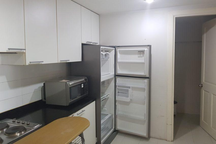 Wattana Suite 3 bedroom sale - kitchen