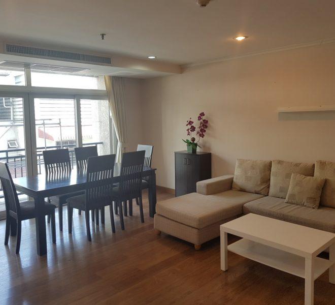Cheapest 3 bedroom apartment for sale in Asoke - low rise - Wattana Suite condominium