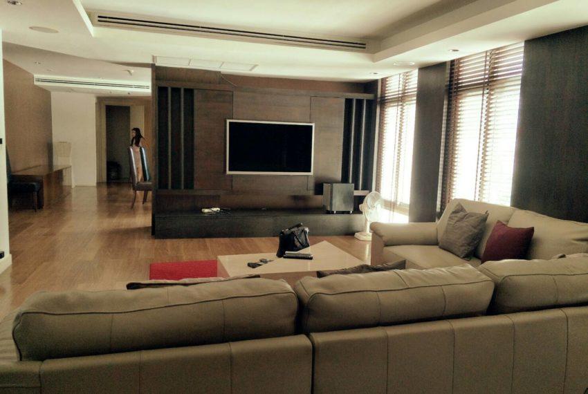 Wattana Suiteliving room