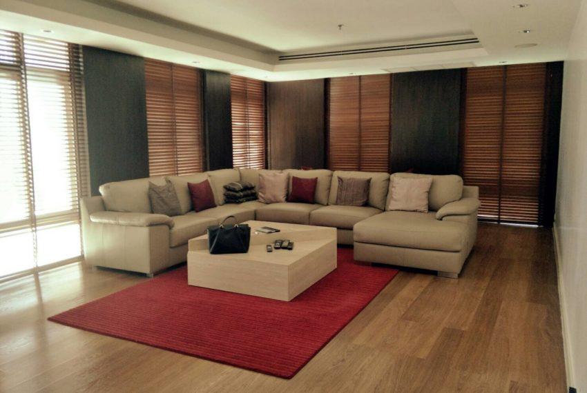 Wattana Suiteliving room2
