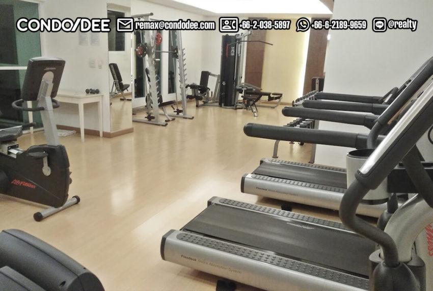 Watthana Height condominium - gym