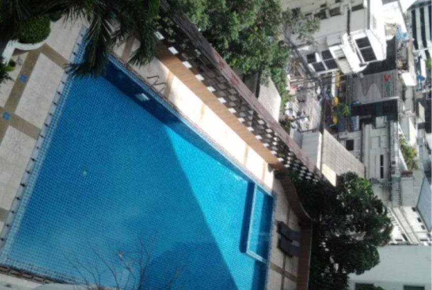 Watthana Height condominium - swimming pool area