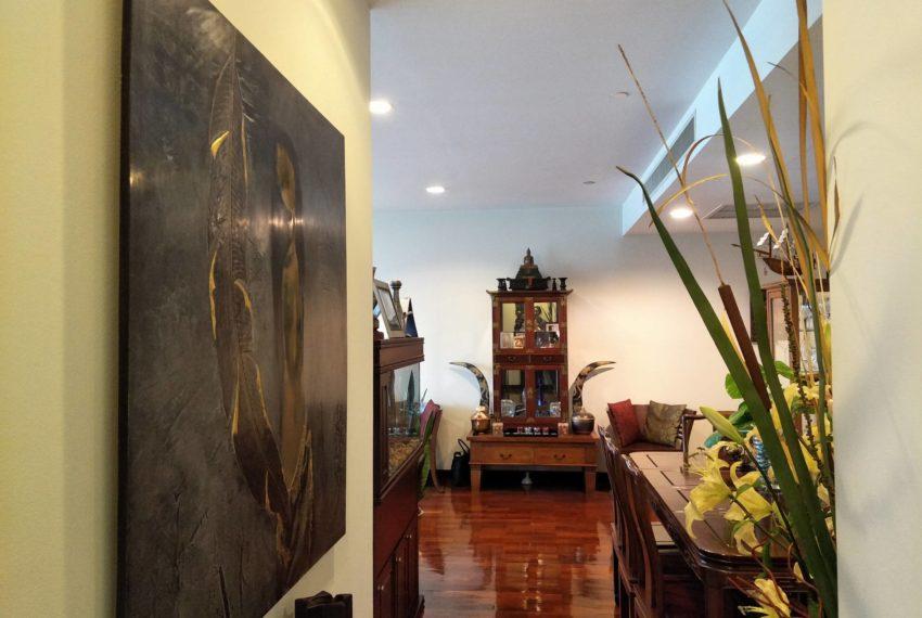 Wilshire Sukhumvit 22 Condominium - bright