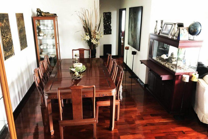Wilshire Sukhumvit 22 Condominium - dinning