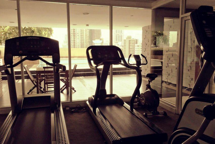 Wilshire Sukhumvit 22 Condominium - gym