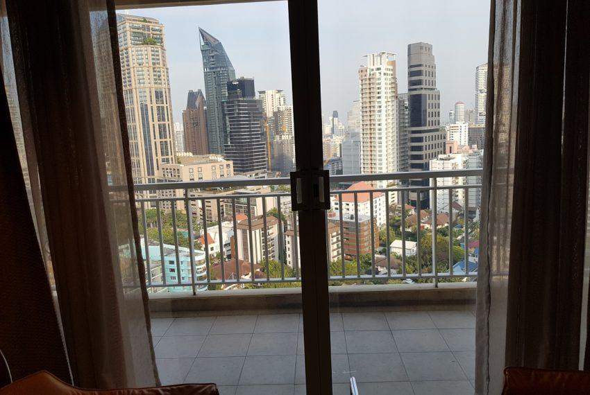 Wilshire Sukhumvit 22 Penthouse Diplex Sales - balcony