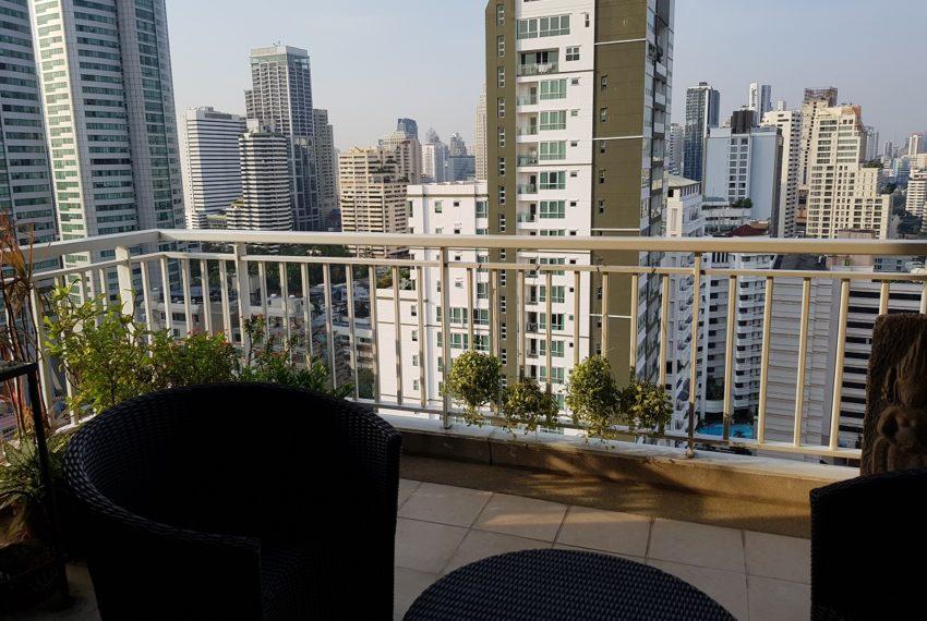 Wilshire Sukhumvit 22 Penthouse Diplex Sales - balcony view