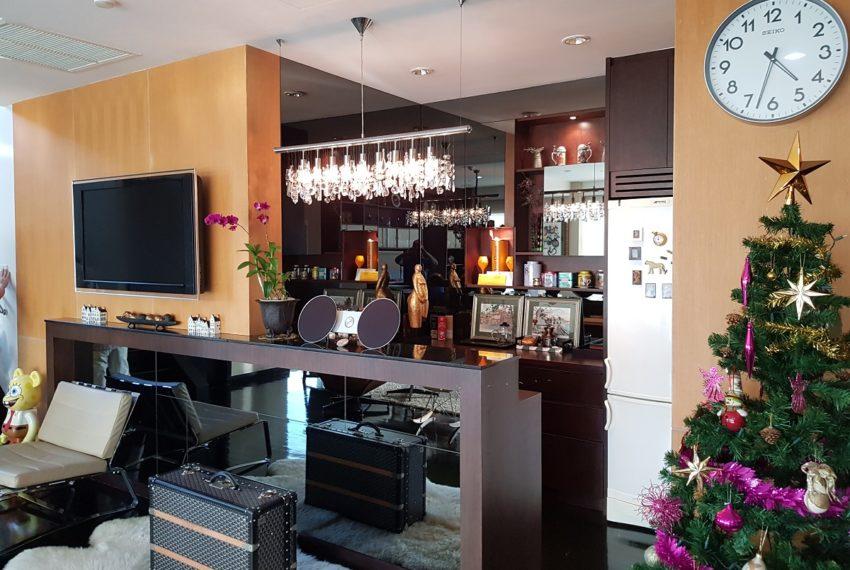 Wilshire Sukhumvit 22 Penthouse Diplex Sales - bar