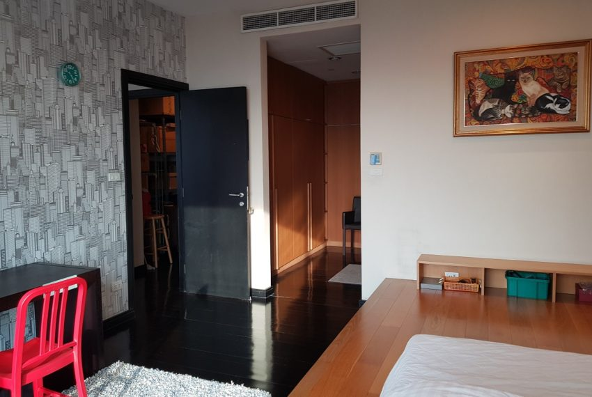 Wilshire Sukhumvit 22 Penthouse Diplex Sales - bedroom 2nd floor