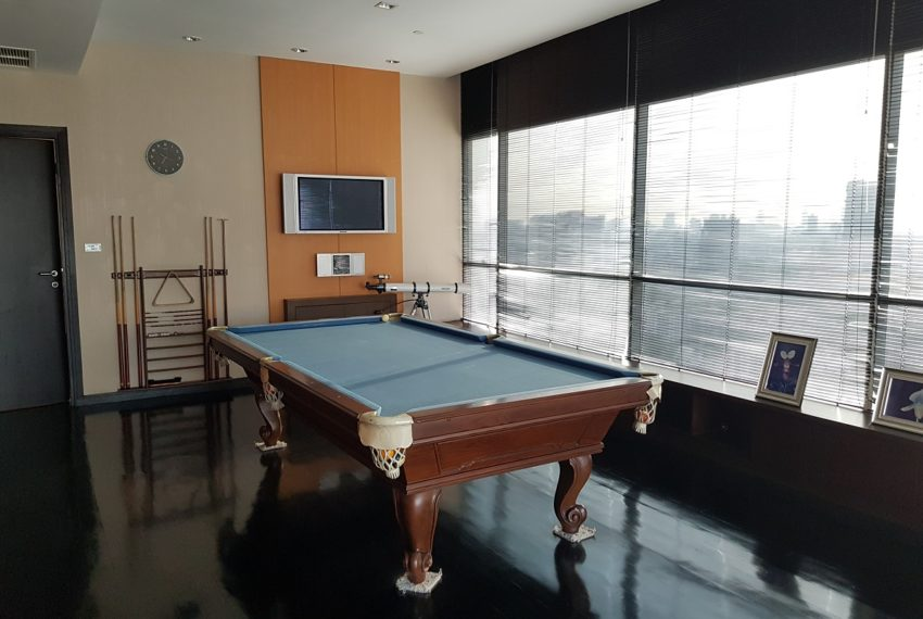 Wilshire Sukhumvit 22 Penthouse Diplex Sales - pool table