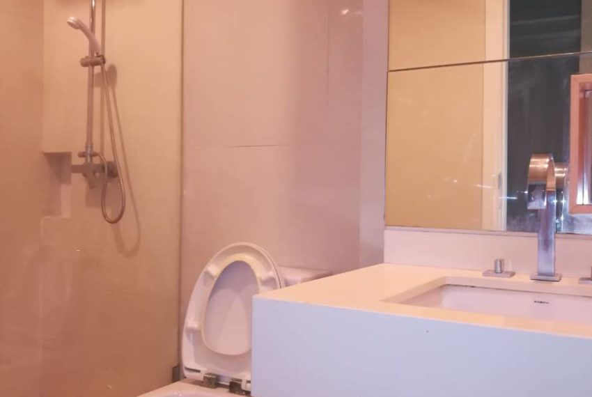 Wind-23-1-bedroom-rent-low-floor-bathroom