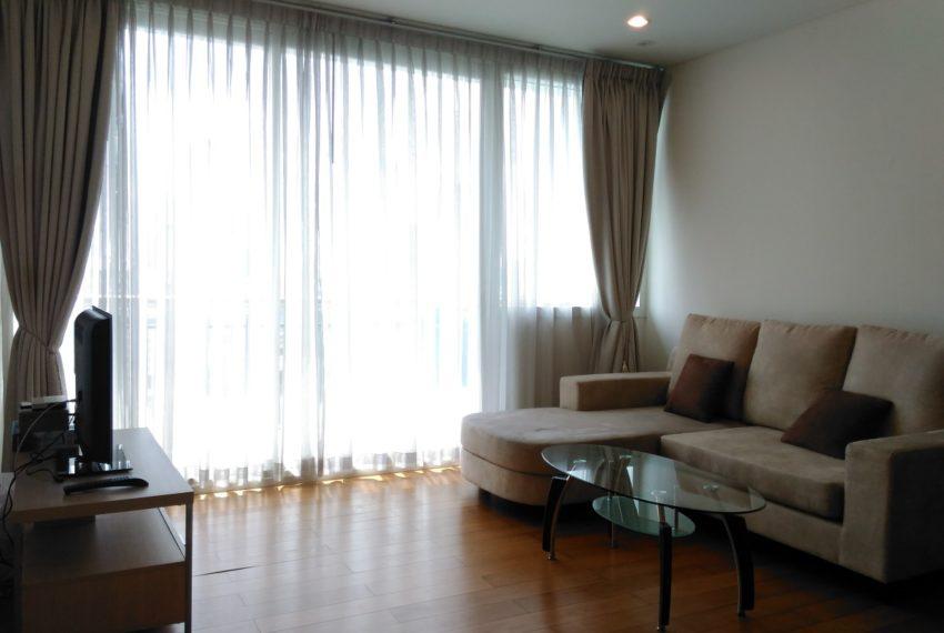 Wind Suk humvit 23 1 bedroom rent - living room
