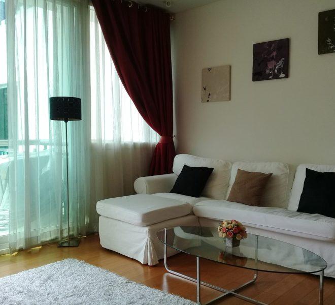 Big 1 bedroom flat for rent in Asoke - mid floor - Wind Condo Sukhumvit 23