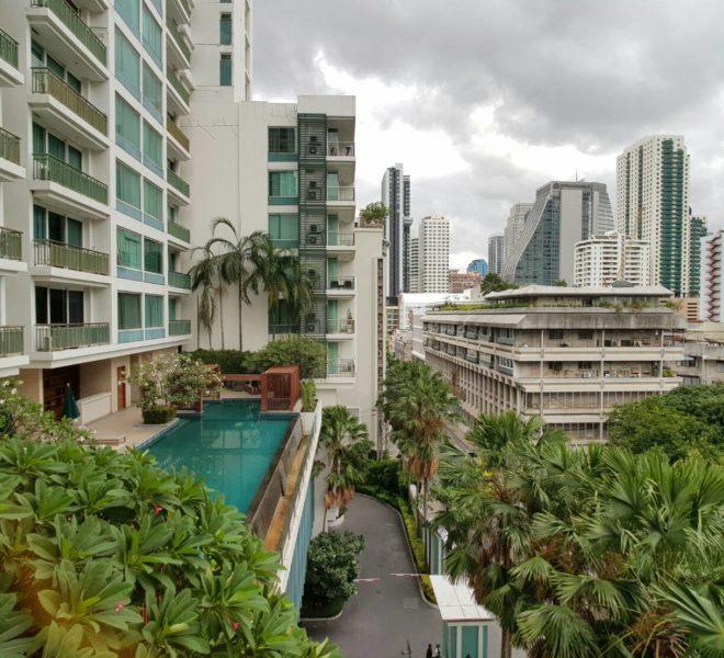 2 bedroom condo for rent in Asoke - pool view - low floor - Wind Sukhumvit 23 condominium