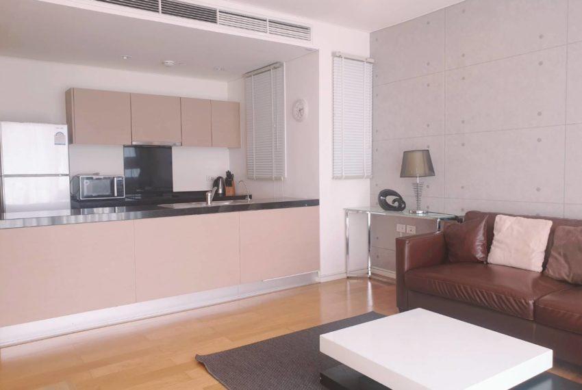 Wind Sukhumvit 23 - SALE - 3 bedroom - Mid Floor - kitchen