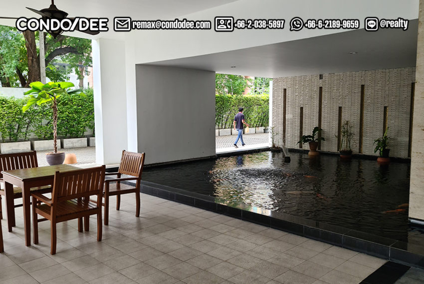 Wind Sukhumvit 23 private pool