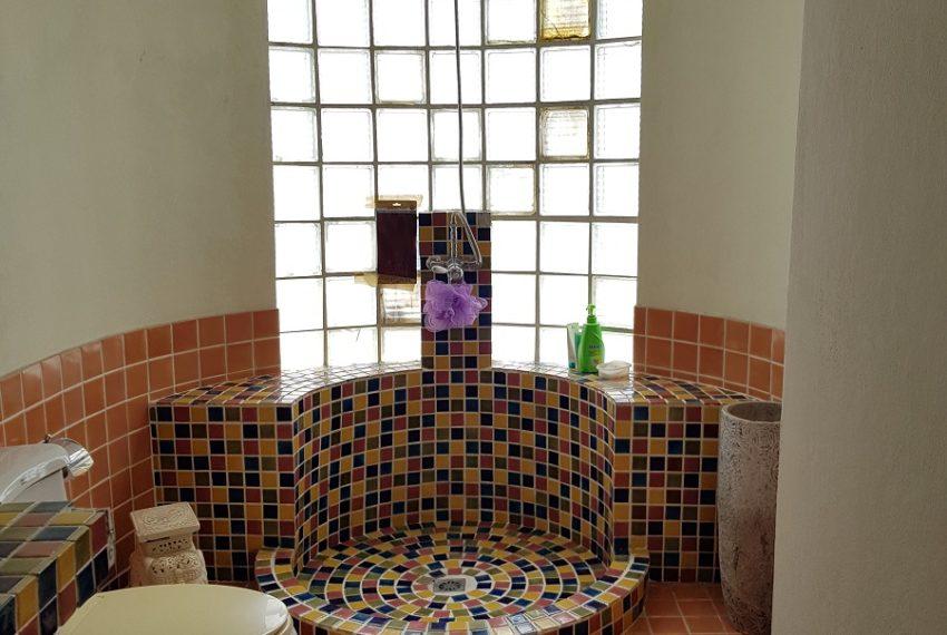 Windsor Tower Sukhumvit 20 6-bedrooms 611sqm - bathroom2