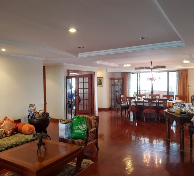 Very big Sukhumvit apartment for sale - 6 bedroom - 611 sqm - Windsor Tower