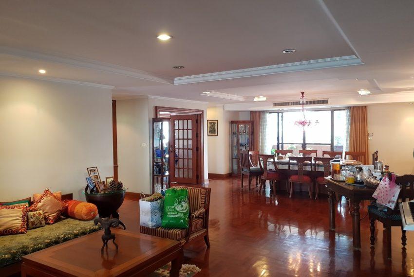 Windsor Tower Sukhumvit 20 6-bedrooms 611sqm - living room