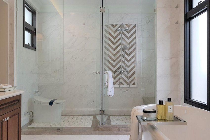 baan sansiri pattanakarn-bathroom-sale_rent2