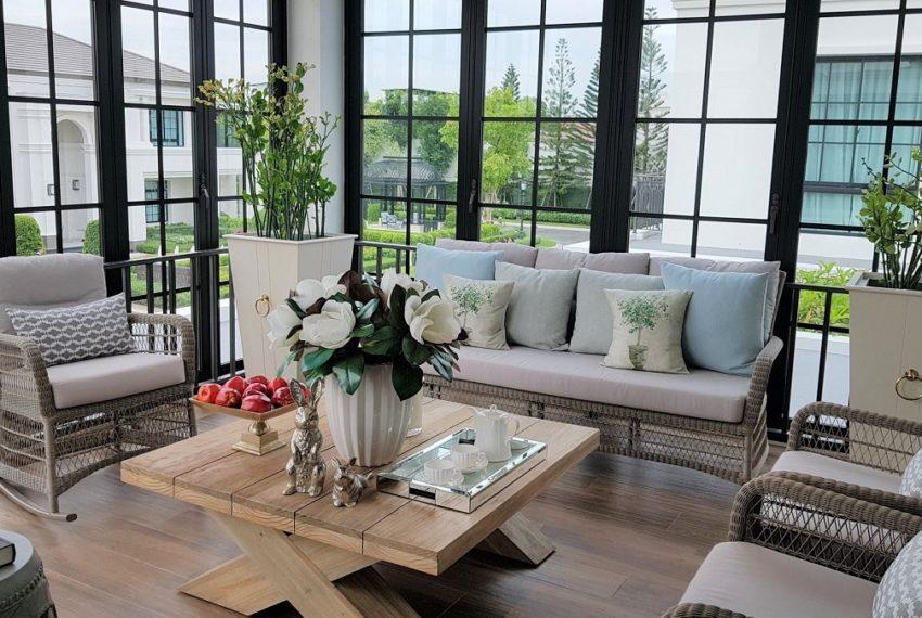 baan sansiri pattanakarn-livingroom-sale_rent (3)