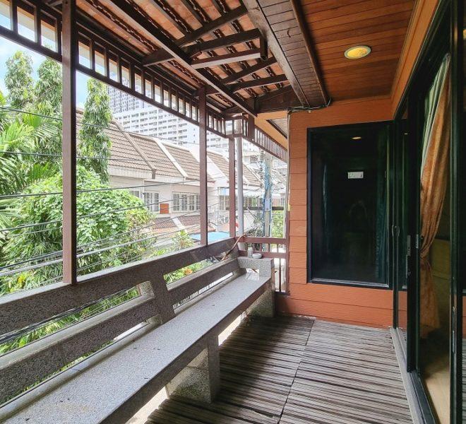 balcony from master bedroom