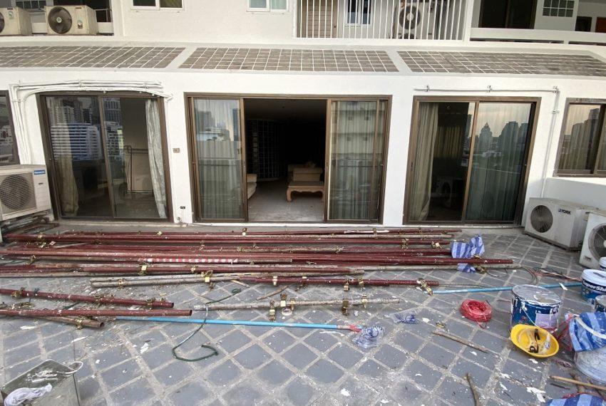 balconyinside