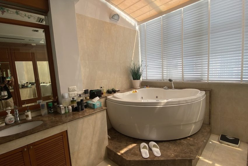 bath2a