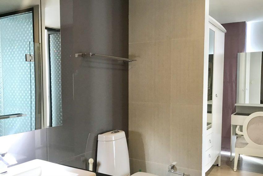 bathroom&gressing room