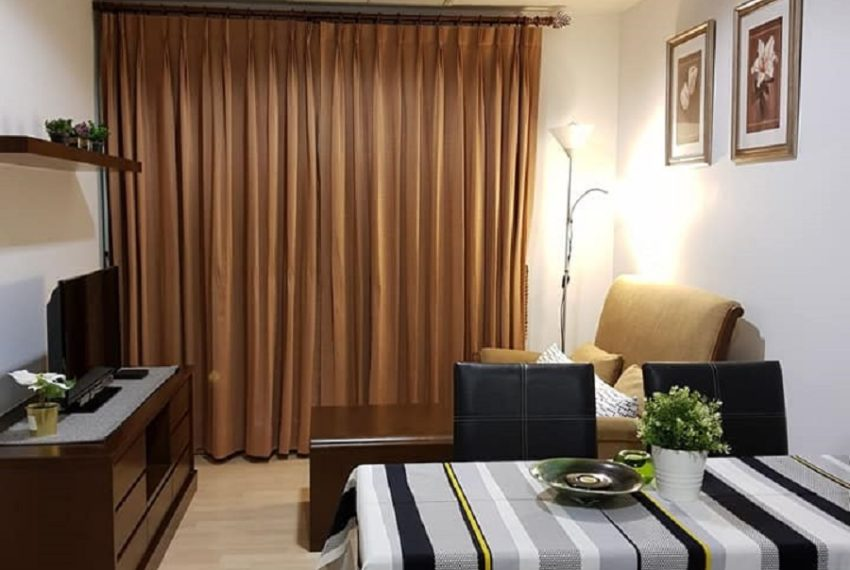 Condo in Thonglor for sale with a tenant - 1-bedroom - high floor - 59 Heritage