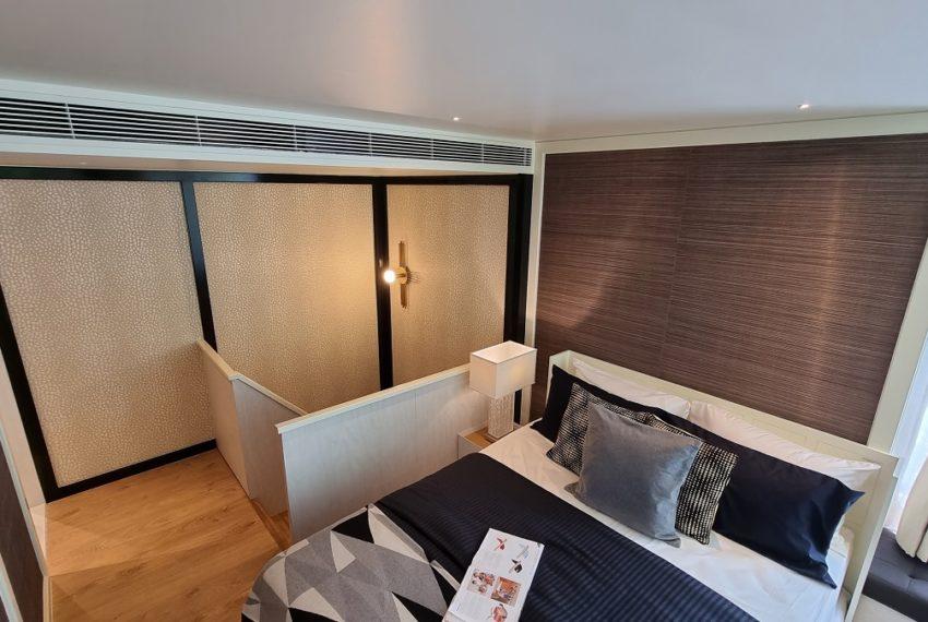 bedroom top level