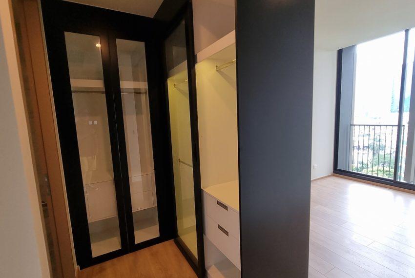 built-in wardropes