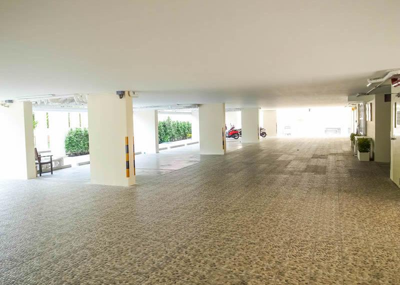 charming-resident-ekkamai-6-parking