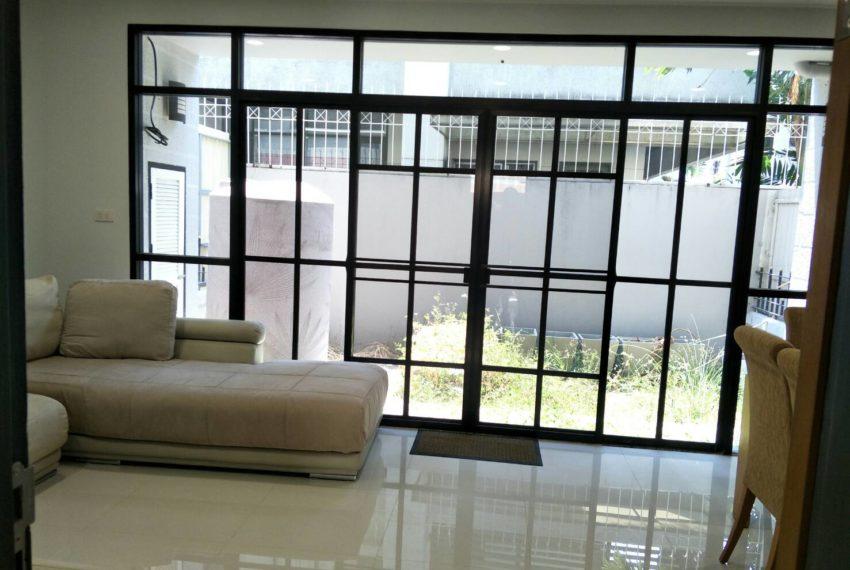 chicha casthe-Sale & Rent-livingroom