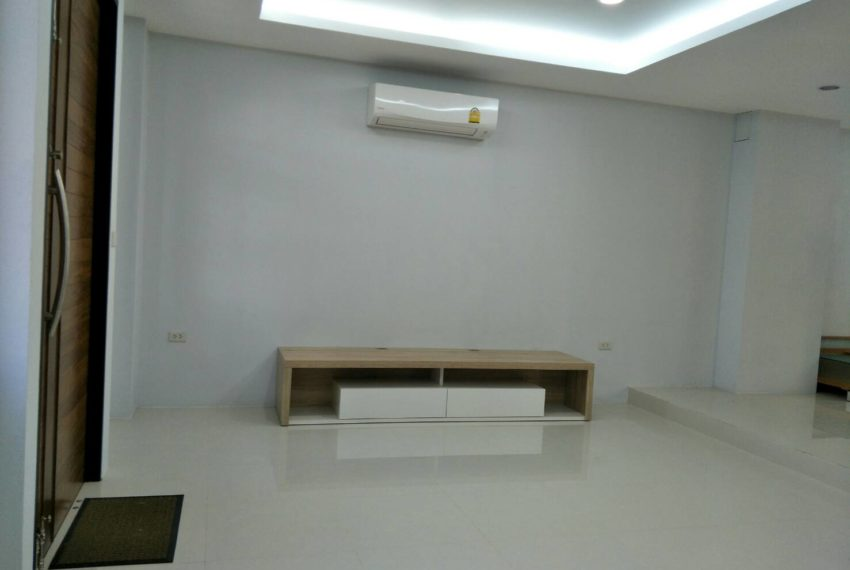 chicha casthe-Sale & Rent-livingroom1