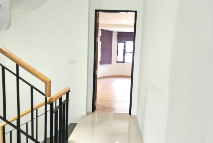chicha casthe-Sale & Rent-walkway