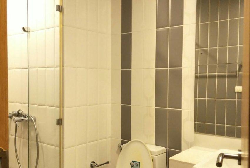 crcle-seller-bathroom1