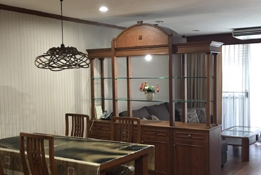 dining&living area